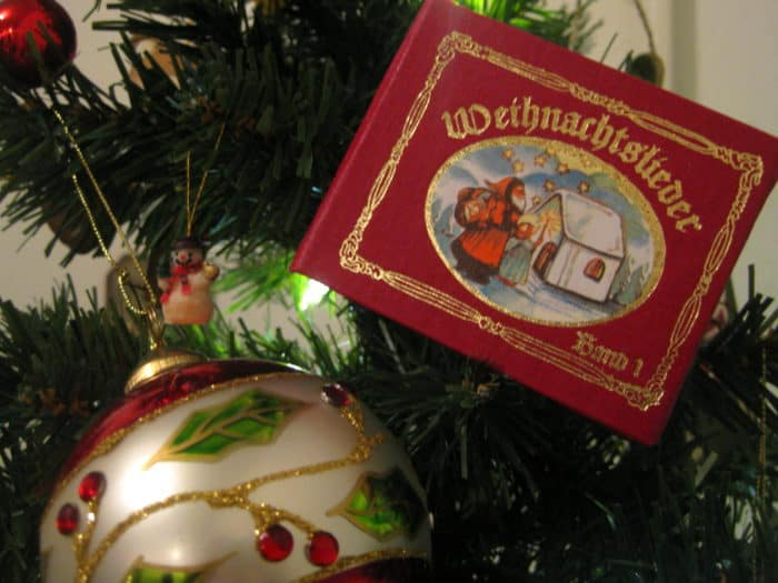 Miniature book with German Christmas songs