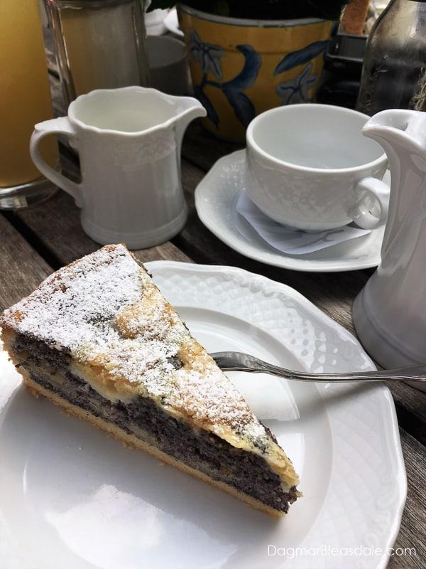 poppy seed cake recipe, German streusel poppy seed cake, DagmarBleasdale.com