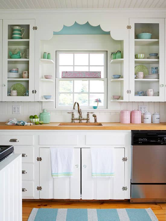 Shabby Chic Kitchen Decor Ideas With a Farmhouse Look
