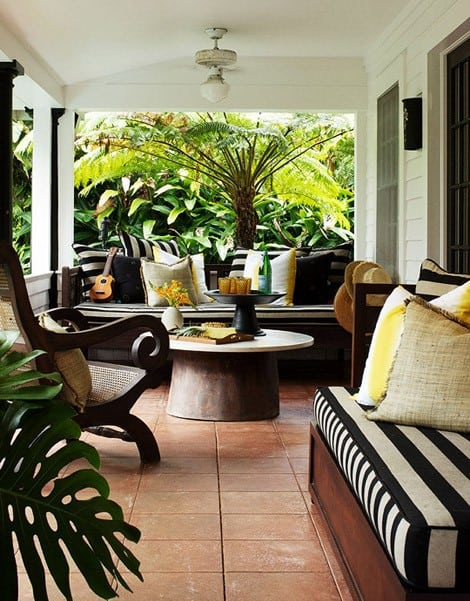 My Dream Home: 10 Porch Decorating Ideas for Every Style on Black And White Backyard Decor id=36180