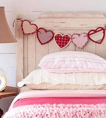 Valentine's Day DIY Decorating, Food & Gift Ideas, DagmarBleasdale.com: Valentine's Day paper heart garland