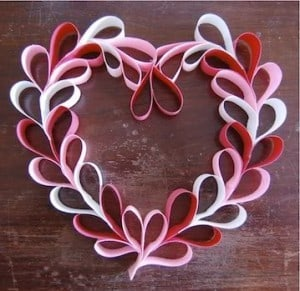 Valentine's Day DIY Decorating, Food & Gift Ideas, DagmarBleasdale.com: paper hearts wreath