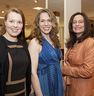 Stacy Geisinger Hosts Fun David Meister Fashion Show