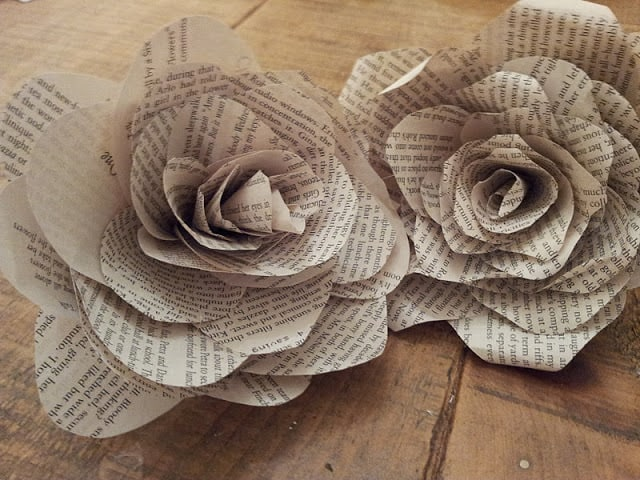 book pages roses