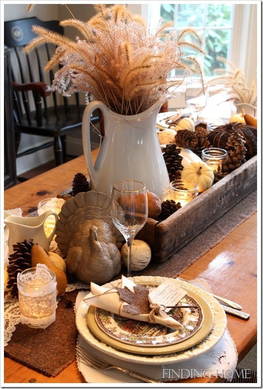 https://www.dagmarbleasdale.com/2012/11/8-last-minute-diy-thanksgiving-table-settings-and-decor/