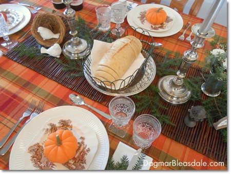 vintage Thanksgiving table setting idea with vintage items