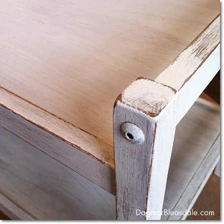 painting furniture with Annie Sloan chalk paint, destressed table