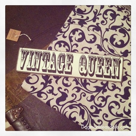 Wordless Wednesday Linky: Vintage Queen