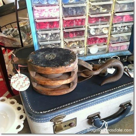 vintage finds: vintage pulley