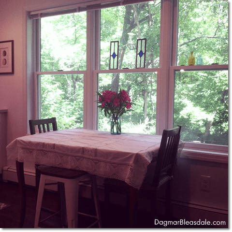 Wordless Wednesday With Linky: Cozy Cottage Decor