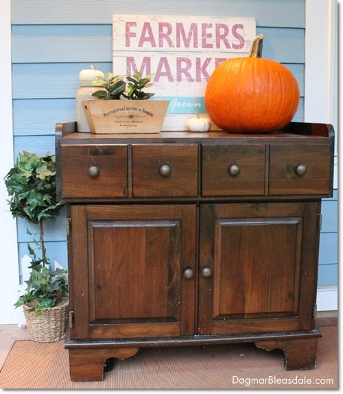 thrifty and vintage find: rolling cabinet
