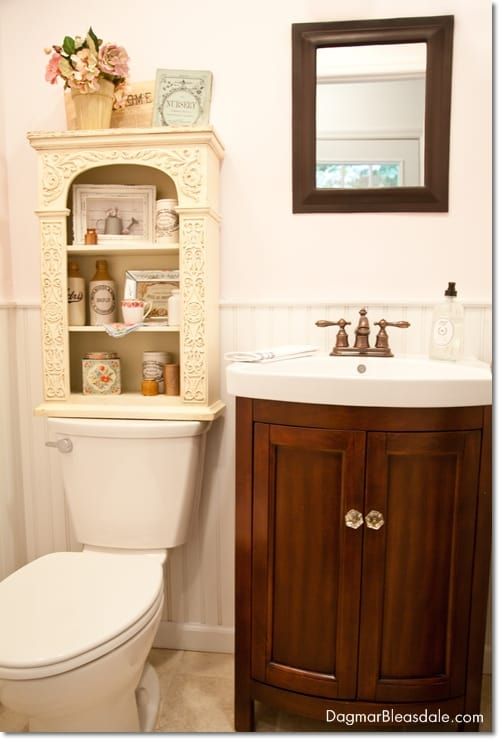 Blue Cottage Decor: Our Powder Room