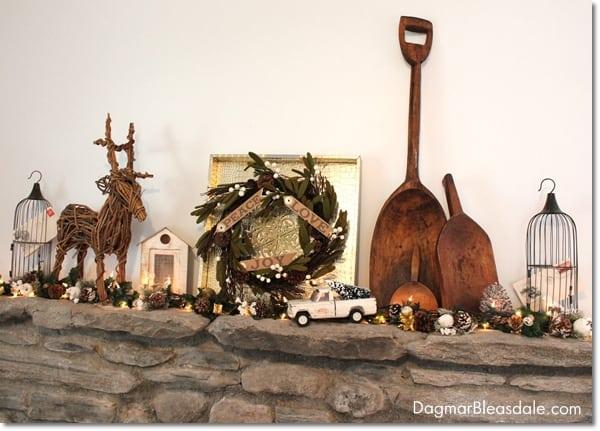 gold Christmas mantel decor