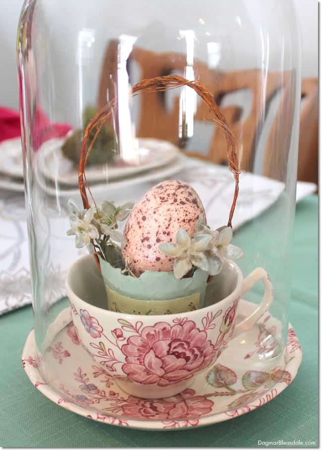 easy Easter tablescape with thifted and vintage items