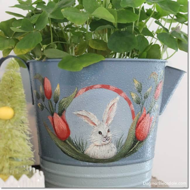 thrifty Easter decor. easy Easter tablescape and decor. DagmarBleasdale.com