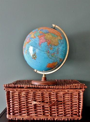 globe and basket trunk