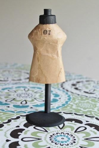 DIY mini mannequin
