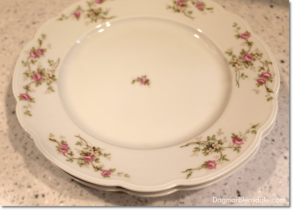 vintage plates with roses from Austria