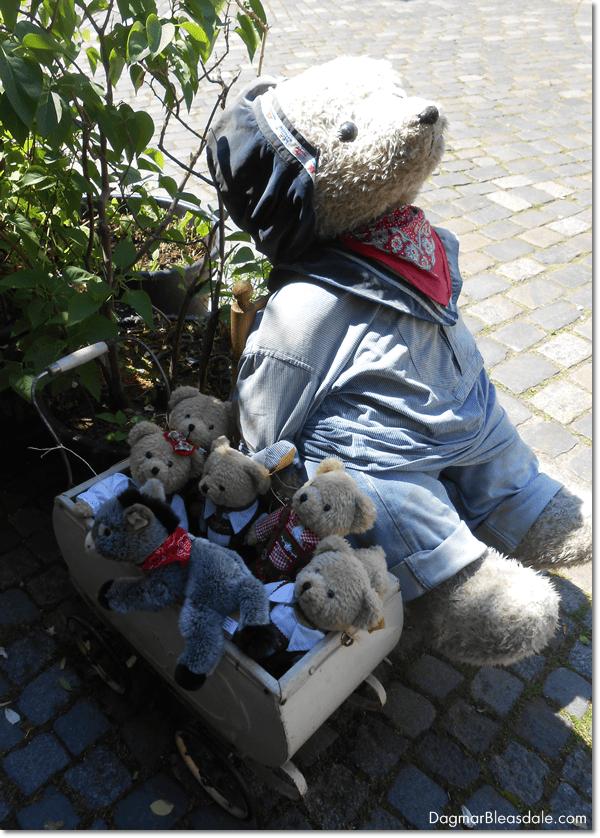 teddy bear store, Schnoor, Bremen