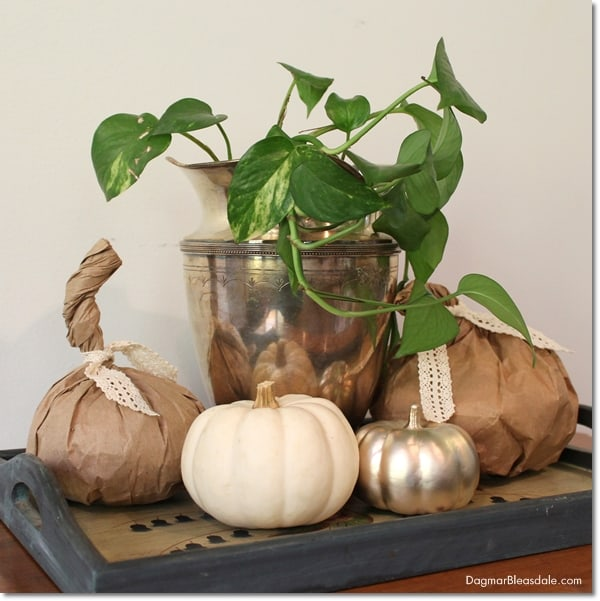 easy DIY paper bag pumpkins