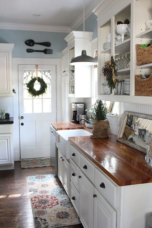 The Most Beautiful Christmas Cottage Decor Ideas - Dagmar\'s Home