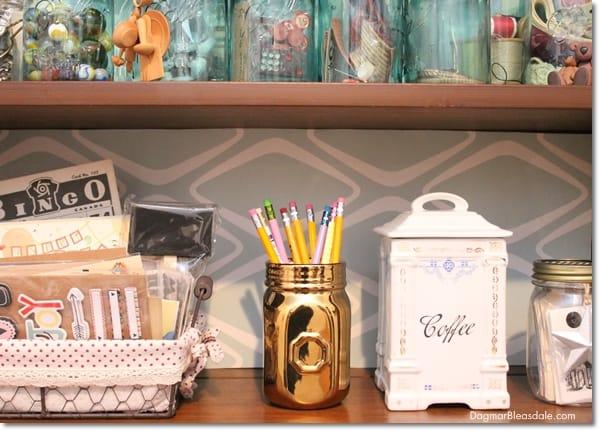 """Thrifty & Vintage Finds"" Link Party #98 — Golden Mason Jar"