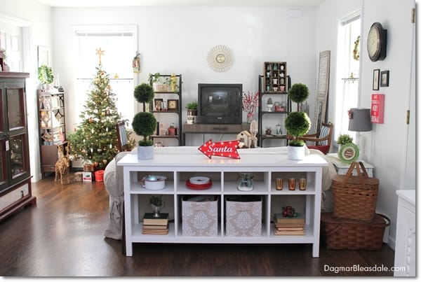 Blue Cottage Christmas Home Tour 2015, DagmarBleasdale.com