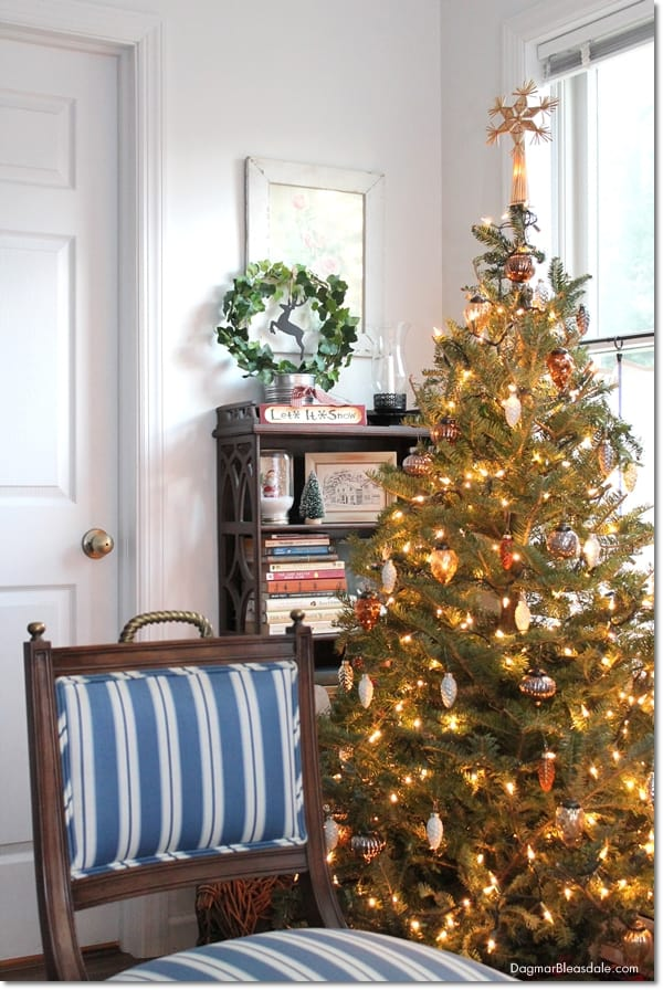 Blue Cottage Christmas Home Tour