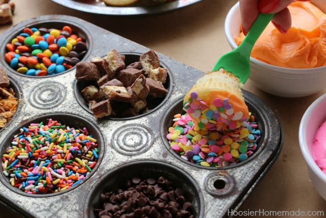New Year's Eve party ideas, cupcake fondue