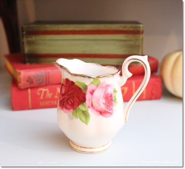 Bone China Royal Albert creamer