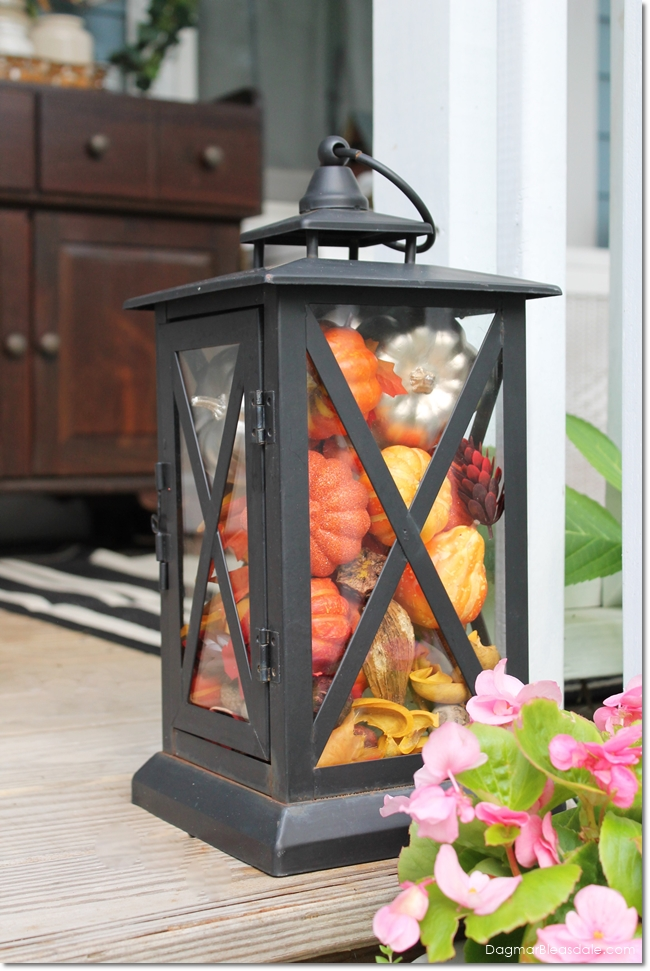 Simple Fall Decorations: Fill Lanterns With Pumpkins