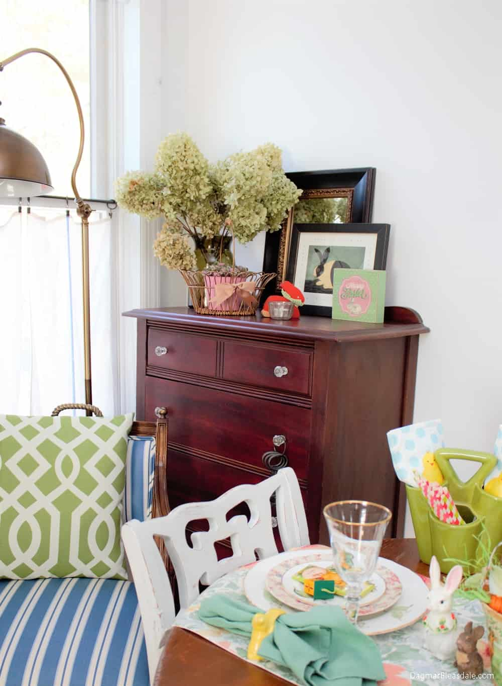 Thrifty Easter Decor and Tablescape Ideas