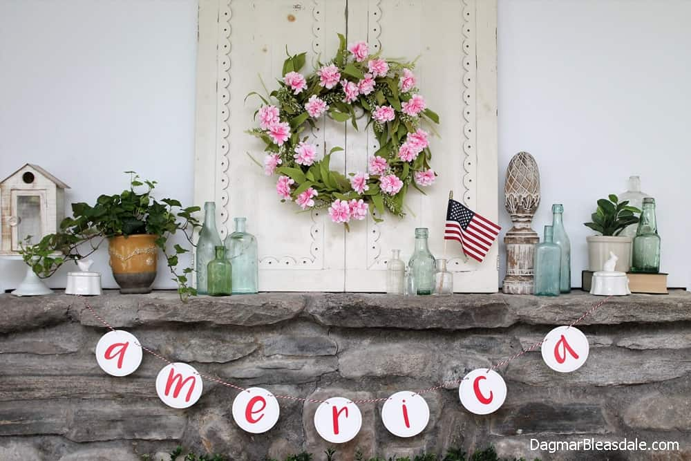 4th of July Decor on mantel - DIY Flag Ideas and More