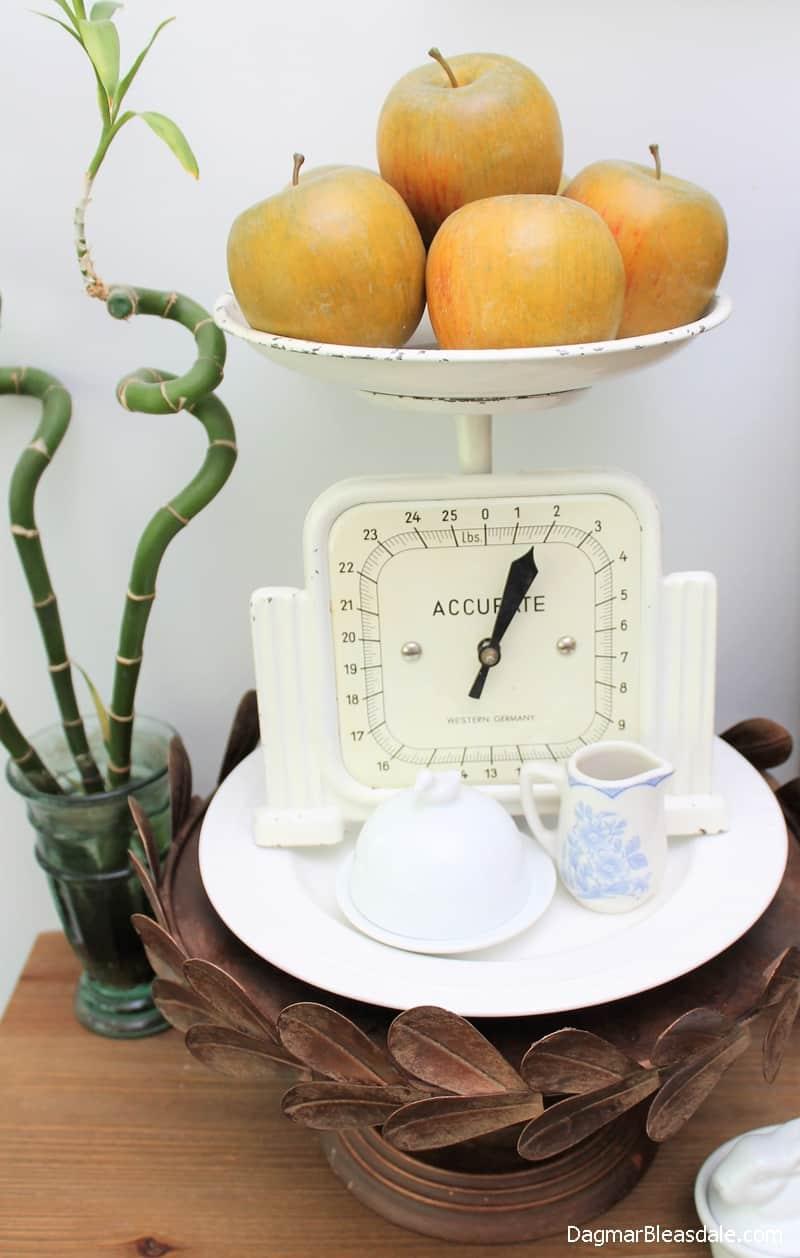 rustic cake stand, farmhouse decor