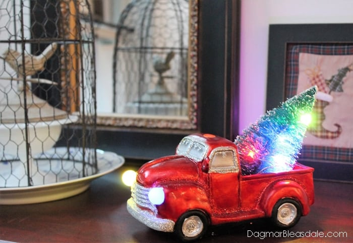 Resin Light Up Truck With Tree