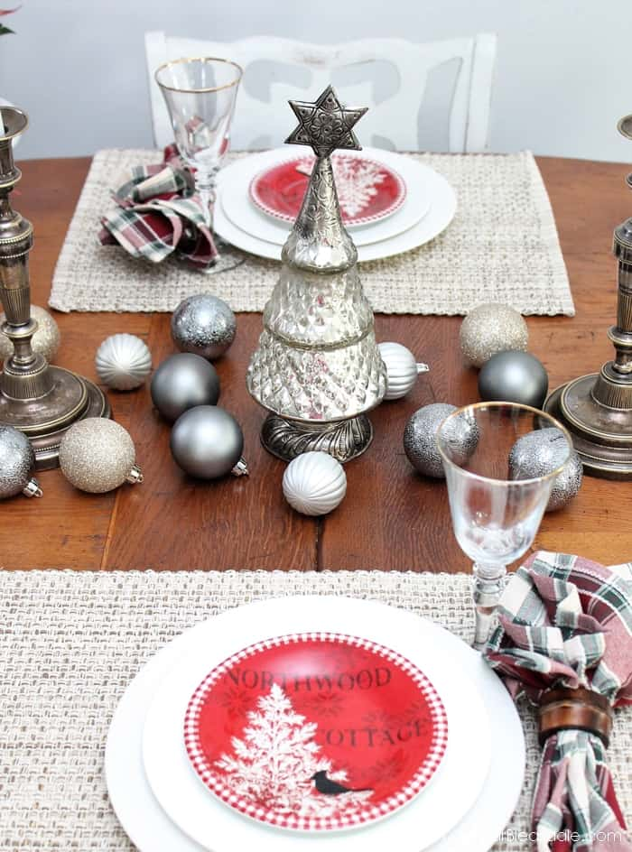 Metallic Tablescape and Christmas Decor