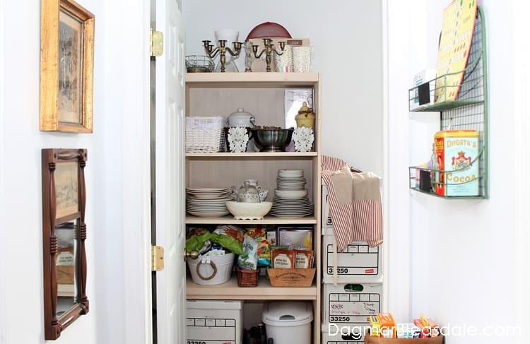 The Lazy Guide to Painting a Bookcase or Shelf, DagmarBleasdale.com