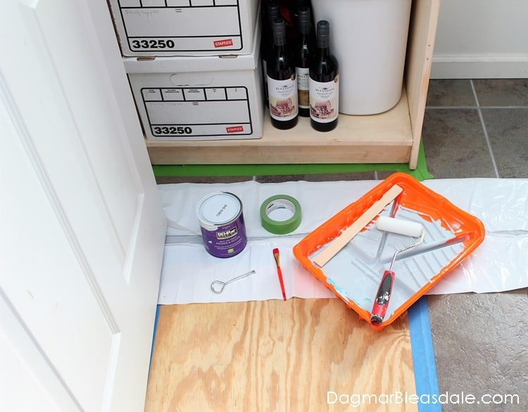 painting furniture, Lazy Guide to Painting a Bookcase or Shelf, DagmarBleasdale.com