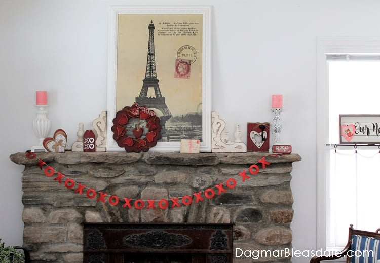 Simple Valentine's Day decor