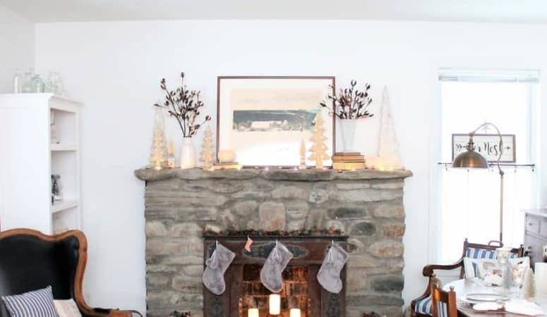 Farmhouse Christmas Home Tours to Be Inspired By