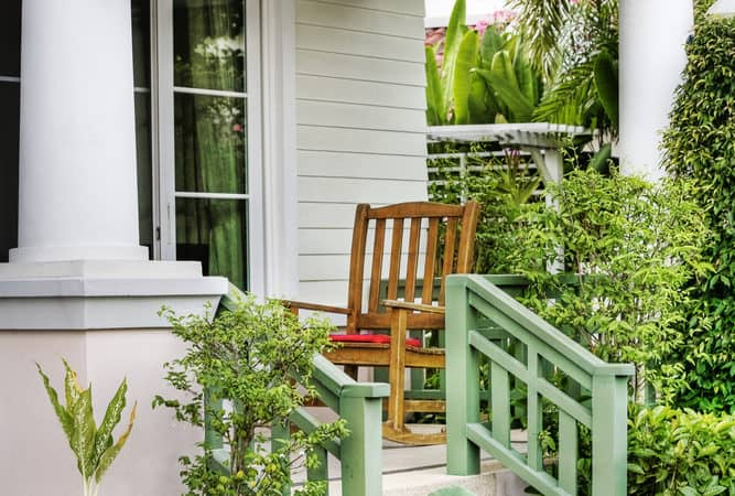 Porch Decorating Ideas for Your Farmhouse or Cottage