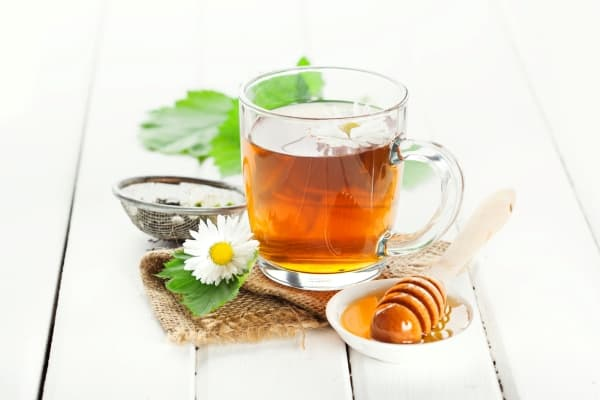boost your immune system naturally, boost your immune system with tea and honey